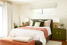 Gold And Coral Bedroom Before And After Photos Of A Moss And Coral Bedroom Makeover