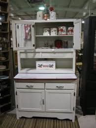 Retro Kitchen Hutch Vintage Kitchen With 50s Charm Kitchen Design Ideas Retro