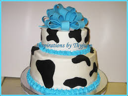 inspirations by thyjuan llc cow theme baby shower cake cupcakes