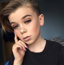 10 year old 10 year old becomes internet sensation for his awesome make up