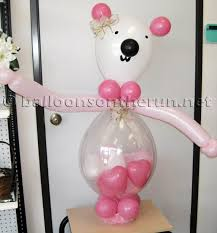 teddy bears inside balloons balloons on the run party decorations r us balloon centerpieces