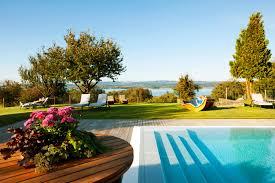 Landhausk Hen G Stig Hotel Am Bodensee Mit Wellness Außenpool Seeblick