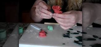 How To Make Cake Decorations How To Make Marzipan Roses And Rose Buds When Cake Decorating