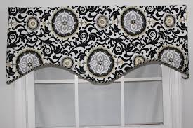Silver Valance Bungalow Rose Adassil 50