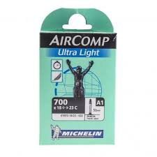chambre a air 700 23c chambre à air michelin a1 aircomp ultra light 700x18 23c valve 52 mm