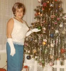 vintage christmas tree 43 interesting vintage snapshots captured middle aged women posing