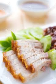 cuisines chinoises siu yuk ou poitrine de porc style chinois rôti croustillant de