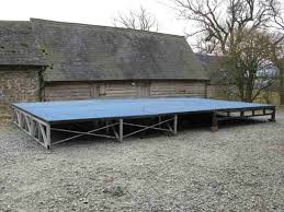curlew secondhand marquees portable stages 4x lightweight