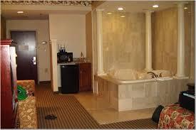 Comfort Suites North Jacuzzi Suite Picture Of Quality Suites North Bergen Tripadvisor