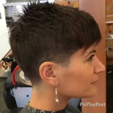 short pixie hairstyles for people with big jaws there is somthing special about wome short hair styles i m a big fan