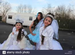 travellers images Irish travellers girls on a gypsy site in st albans dressed in jpg