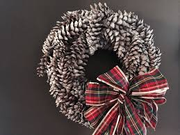 pinecone wreath how to make a pine cone wreath lehman