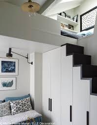 idee deco mezzanine aménagement petit studio sous les toits vivre dans 11 m2 elle