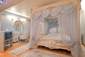 Deko Ideen Schlafzimmer Barock Himmelbett Atemberaubend Auf Dekoideen Fur Ihr Zuhause Mit