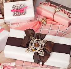 Gift Wrapping Bow Ideas - easy christmas gift wrapping ideas midwest living
