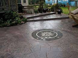 great texture and pattern detail on this stamped concrete patio