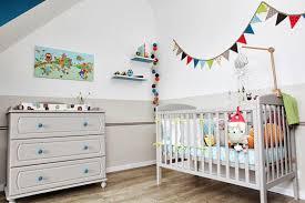 accessoires chambre bébé gris beige blanc accessoires colorés baby kid