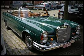 green mercedes benz photos mercedes benz 220 se cabriolet green retro cars