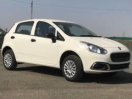 fiat punto 2014 fiat punto evo pure launched at rs 4 92 lakhs autoportal