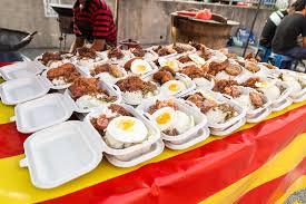 ramadan cuisine food bazaar in malaysia for iftar during ramadan fasting