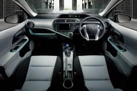 Toyota Aqua Review Of The Toyota Aqua Prius C Axleaddict