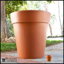 Rectangular Terracotta Planters by Terracotta Planter Giant Terra Cotta Pots Planters Unlimited