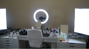 professional makeup lighting make up l will spot the smallest imperfections warisan lighting