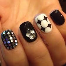 200 best 01 black and white nail art images on pinterest white