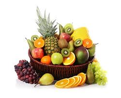 fruit in a basket special seasonal fruit basket 10kg fruit baskets sahulat bazar