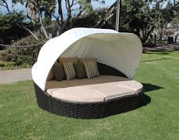 Outdoor Day Bed by Round Outdoor Daybed With Canopy Home Designing Outdoor Daybed