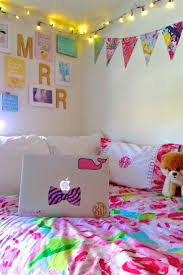 lilly pulitzer dress my freshman dorm room pinterest raised beds