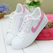Sepatu Nike Elevenia sepatu wanita sneakers nik nike elevenia