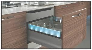 le sous meuble cuisine eclairage de cuisine led clairage des sousmeubles hauts fleur de