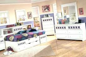 inexpensive home decor websites cheap home decor stores online affordable home decor online canada