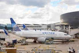 united airlines media baggage baggage handler survives flight trapped in united airlines cargo hold