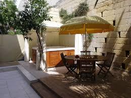 modern large 2 bedroom groundfloor home bayview back garden
