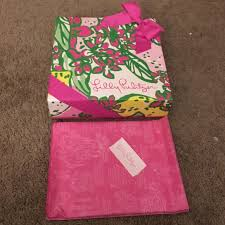 gift box tissue paper lilly pulitzer other lilly pulitzer gift box tissue paperbow