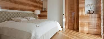 Schlafzimmer Aus Holz Kaufen Hoteleinrichtungen Und Exklusive Landhausküchen
