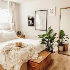 Best  Earthy Bedroom Ideas On Pinterest Natural Bedroom - Apartment bedroom designs