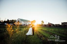 Wedding Barns In Washington State 5 Tips For Selecting A Wedding Venue In Washington State All
