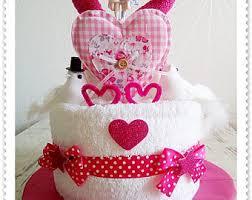 hochzeitstorte geschenk hochzeitstorte aus handtücher wedding cake geschenk zur