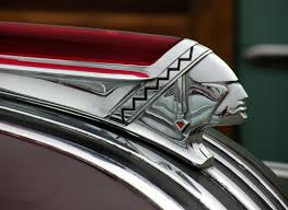 pontiac ornaments consistantly various on the theme of