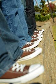 wedding shoes converse converse wedding shoes poprockphotography