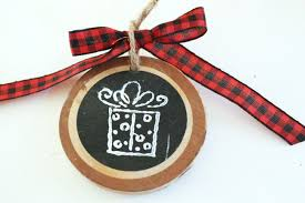 how to make a wood slice gift tag or ornament my from home