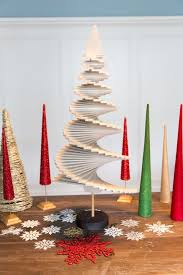 wooden christmas tree how to make a wooden christmas tree how tos diy