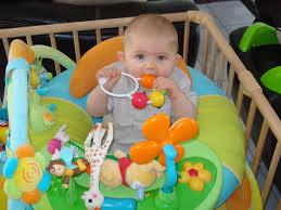 siege bebe cotoons siége eveil gonflable bébés de janvier 2009 bébés de l ée