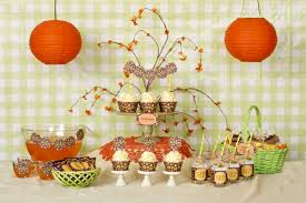 neutral baby shower themes create a gender neutral baby with brown yellow party supplies
