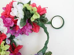 How To Make Flower Hair Clips - how to make a floral head wreath how tos diy