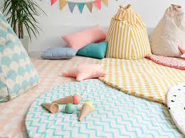 tapis de chambre bébé craquez pour un tapis dans la chambre de votre enfant décoration