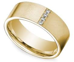 mens gold wedding band the groom s guide to men s wedding rings bands metals